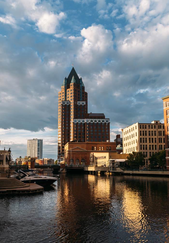 Milwaukee Riverwalk History