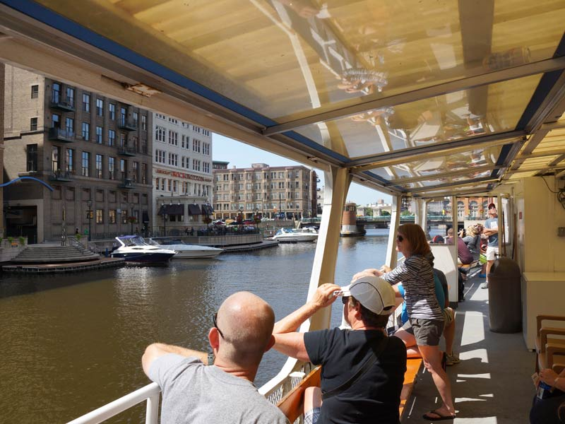 Milwaukee Riverwalk District Happenings